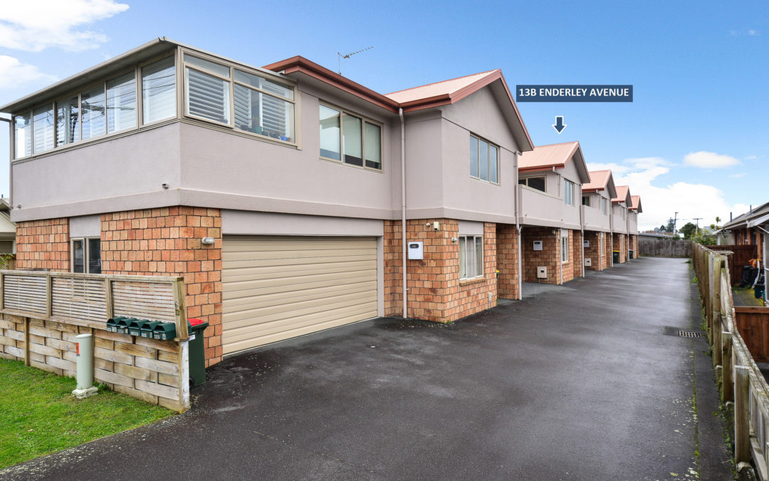 Townhouse In Good Location